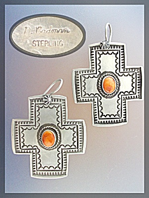D. CADMAN Earrings Cross Sterling Silver Spiny Oyster  (Image1)