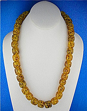 Necklace Golden Amber Beads Twist Clasp (Image1)