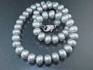 Freshwater Grey Pearls 9mm 18 Inches Sterling Silver Cl (Image1)