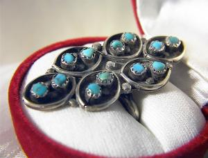 Large Sterling Silver & Turquoise Ring . . . . . . . . (Image1)
