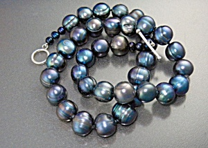 Freshwater Peacock Pearl  Necklace Toggle Clasp (Image1)