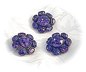 3 Fabulous Foil Backed Amethyst Glasss Button (Image1)