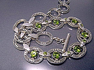 Necklace Sterling Silver Peridot Designer Peggy V (Image1)
