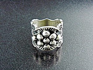 Navajo Sterling Silver Sunshine Reeves Ring