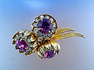 Brooch KRAMER Gold Tone Fuchia White Crystal Flowers (Image1)