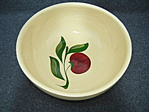 Watt Pottery 3 leaf Apple mixing bowl No 73  (Image1)
