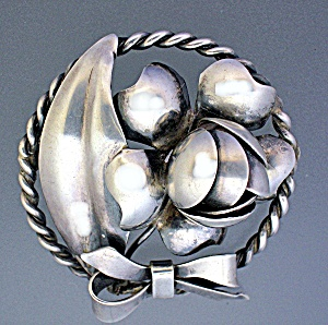 Sterling Silver Hand made Leaves and Beries Brooch (Image1)
