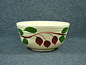 Watt Pottery American Red bud ribbed bowl  (Image1)