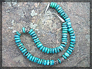 Necklace Kingman Turquoise Sterling Silver Hook Clasp .