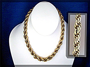 Necklace Gold Rope 1/20 Gold Fill Vintage .......
