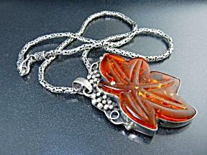 Amber Leaf Pendant Sterling Silver Large (Image1)