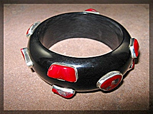 Lucite Black Red Coral & Sterling Silver Bangle (Image1)