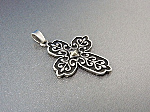 JAMES AVERY 14K Gold Sterling Silver Cross Pendant (Image1)