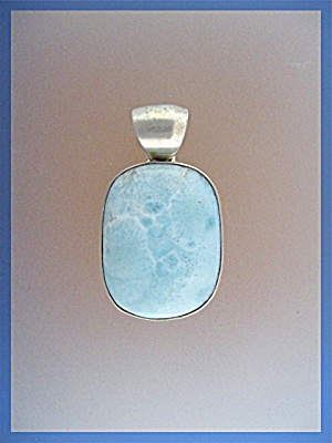 Sterling Silver LARIMAR Pendant (Image1)