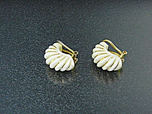 14k Gold Bone Ivory Clip Earrings 50s
