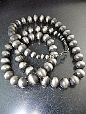 Native American Sterling Silver Navajo Pearls Necklace