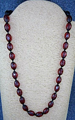Cherry Amber Faceted Hand Knotted Necklace 50s (Image1)