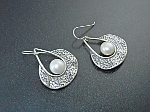 Freshwater Pearl Sterling Silver Earrings Signed Didse  (Image1)