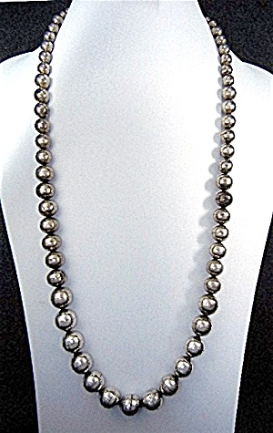 Navajo Sterling Silver Navajo Pearls Graduated Necklace