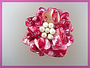 Pendant Freshwater Pink Pearl Mother of Pearl Flower (Image1)