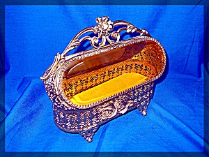 Mattson Style Gold Filigree Velvet Bevelled Glass Jewel (Image1)