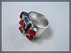 Sterling Silver 6 Stone  Coral Ring (Image1)