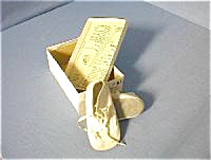 Baby Shoes Mrs Day By Ideal  in Original Box (Image1)