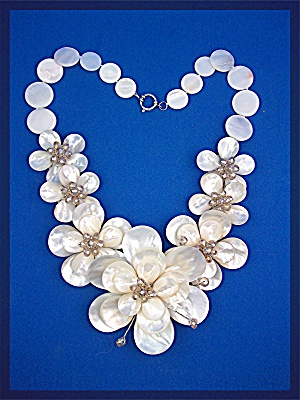 Necklace Mother Pearl Freshwater Pearl Flowers Hawaii