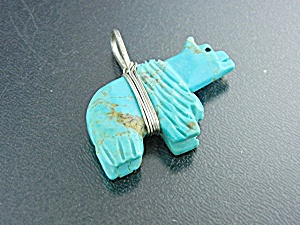 Native American Sterling Silver Carved Turquoise Bear (Image1)