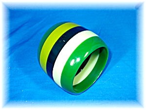 Bracelet Lucite Shades of Green  Bangle (Image1)