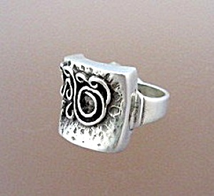 Sterling Silver Ornate Abstract Design Ring