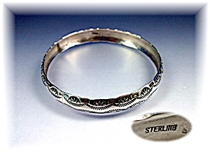 Native American Bangle Bracelet Sterling Silver  (Image1)