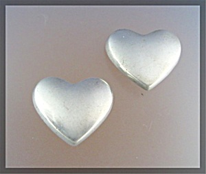 ZINA Beverley Hills Sterling Silver Heart Clip Earrings (Image1)
