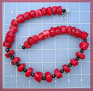 Coral Black Jet Glass Sterling Silver Clasp Necklace (Image1)