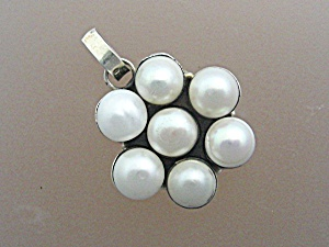 Sterling Silver  9mm 7 Pearl Pendant (Image1)