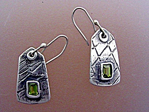 Sterling Silver Hand MadePeridot Earrings Artist Signed (Image1)