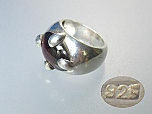 Sterling Silver Cabochon Garnet Glass Ring (Image1)