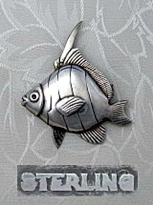 Sterling Silver Fish Brooch Vintage (Image1)