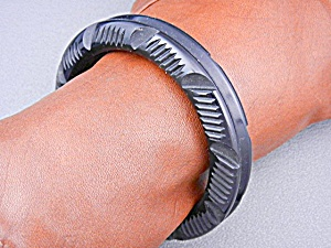 Bakelite Black Carved Bangle Bracelet (Image1)