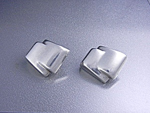 Sterling Silver 96 Mexico Ribbon Design Clip Earrings