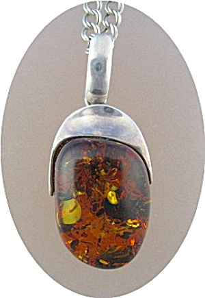 Sterling Silver Honey Amber Pendant 24Inch  Chain Italy (Image1)