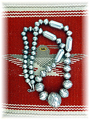 Native American Navajo Pearls Sterling Silver Stamped B (Image1)