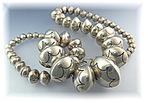 Navajo Pearls Sterling Silver Necklace 126 Grams (Image1)