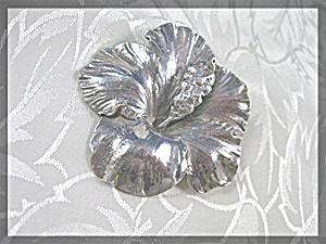 CINI Sterling Silver Hibiscus Flower Brooch (Image1)