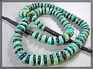 Santo Domingo Hand Crafted Green Turquoise Onyx Neckla