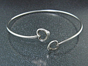 Tiffany & Co Peretti Sterling Silver Hearts Bracelet (Image1)