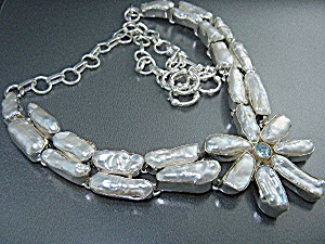 Biwa Pearls Sterling Silver Blue Topaz Necklace (Image1)
