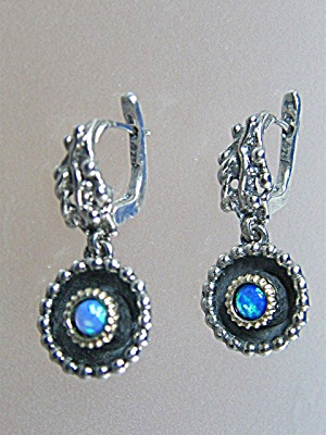 Sterling Silver Opal Pierced Earrings.