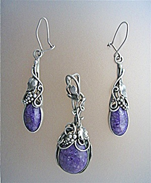 Sterling Silver Sodololite Pendant And Earrings