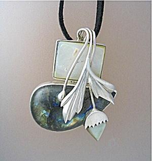 Sterling Silver Labradorite Mother  Pearl Spray Pendant (Image1)